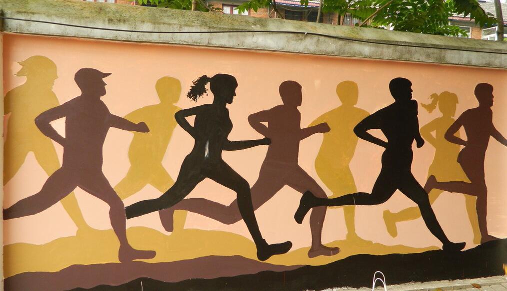 奔跑主题操场墙绘素材