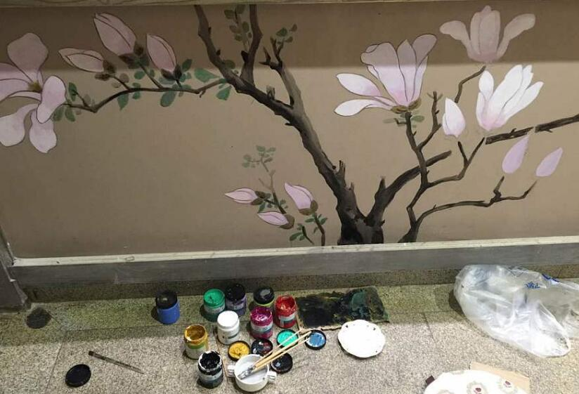 画墙绘的过程