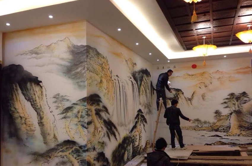 墙绘上涂料