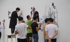 手绘墙画,为职校添色添彩、添文化