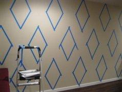 如何在墙上画标准的菱形墙绘?