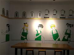 动漫人物简约风奶茶店墙绘